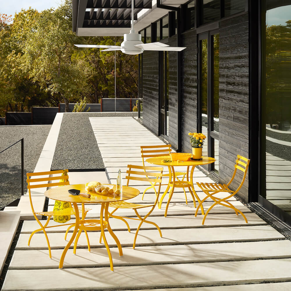 Journal bistro-style  Outdoor Iron Furniture by Stori Modern in Yellow