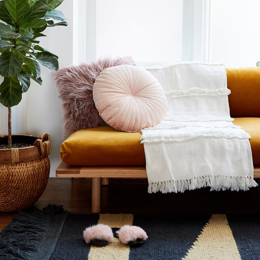 layered throw blankets