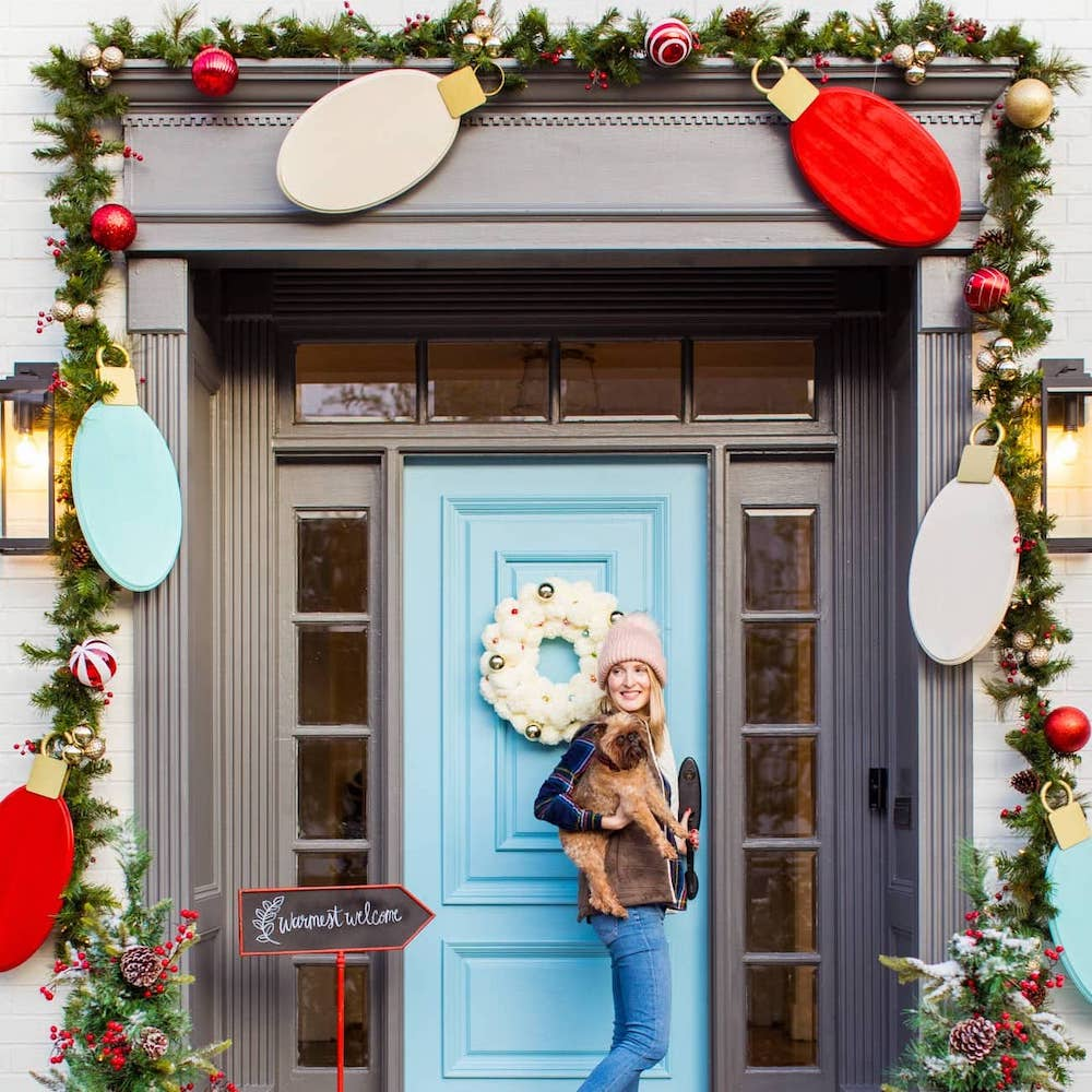 DIY Chistmas Decor around a front door
