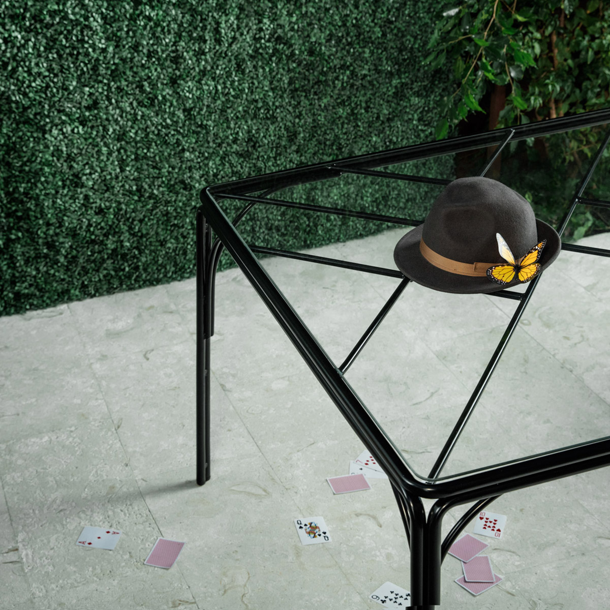 stori modern Fairy Tale outdoor Dining corner table